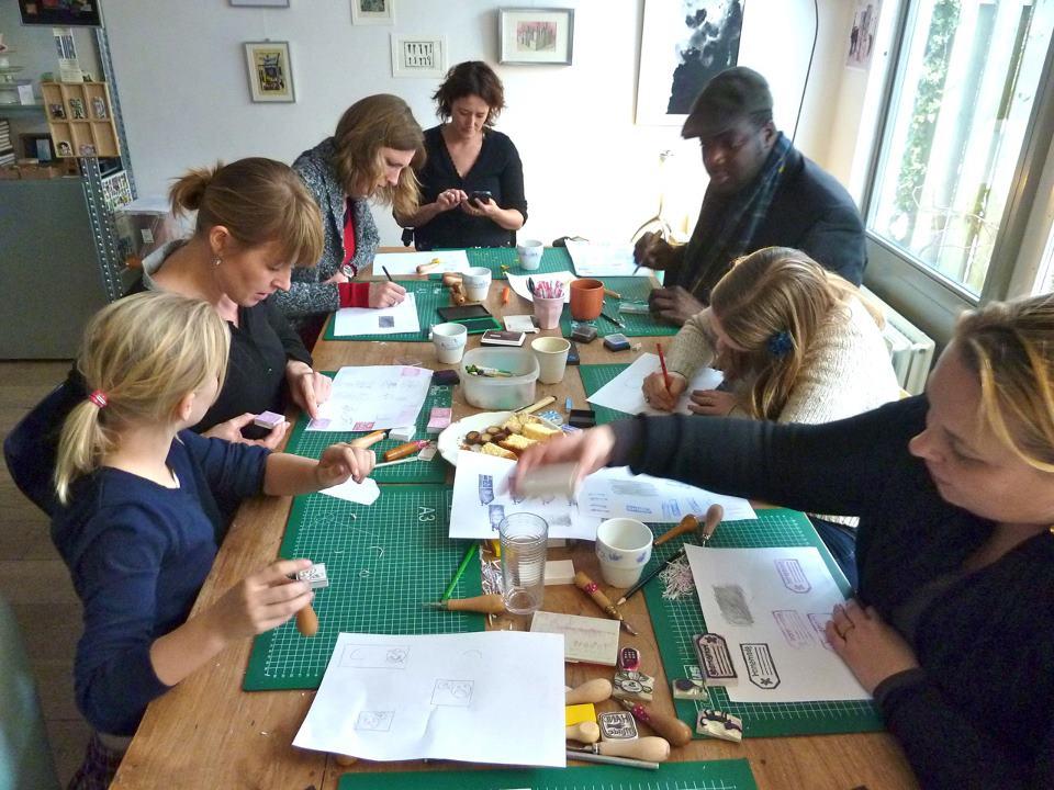 Workshops: kom lino's, collages en stempels maken